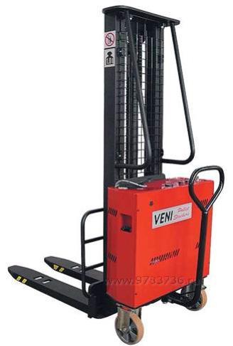 Штабелер с электроподъемом Veni KBE-1000/3